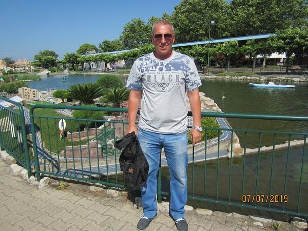 Лебедев Константин Алланович в парке Италия в миниатюре